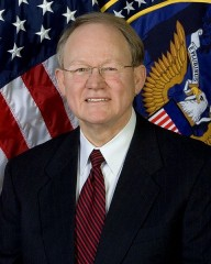 480px-Mike_McConnell,_official_ODNI_photo_portrait.jpg